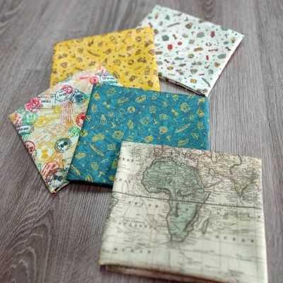 Combinación de telas de algodón con dibujos de viajes diseñada por Jan et Jul