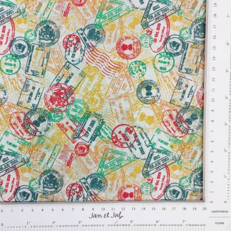 Tela de algodón con sellos de viajes diseñada por Jan et Jul