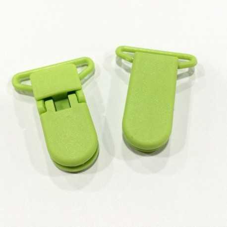 Pinza de plástico verde lima