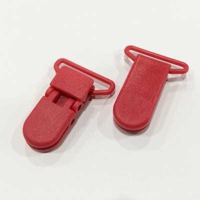 Pinza de plástico roja