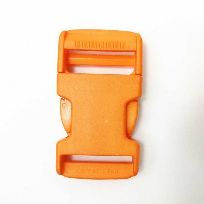 Cierre de plástico naranja
