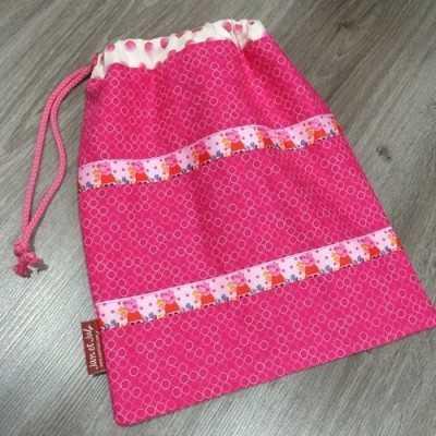 Bola merienda de color Rosa con cinta de Peppa Pig