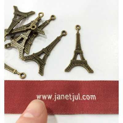 Charm Torre Eiffel