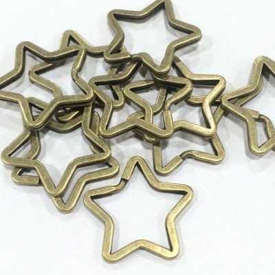 Llavero oro viejo en forma de estrella