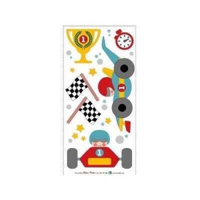 Aplicación termoadhesiva con coches de carreras y banderas