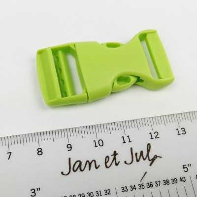cierre plástico verde de 20 cm