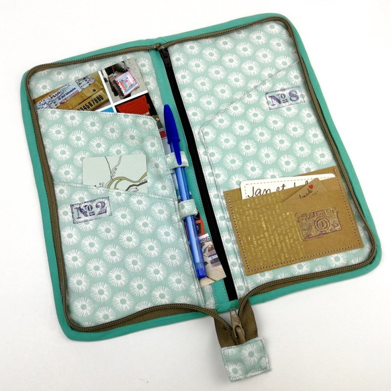 porta documentos con bolsillo transparente para el billete de avión