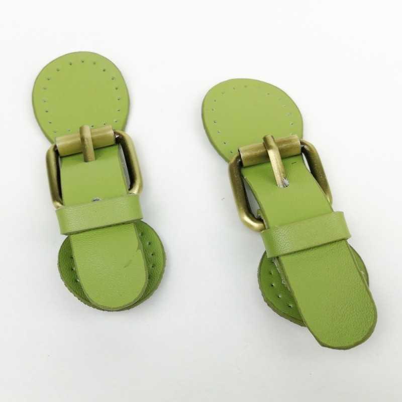Cierres de piel con imán verde