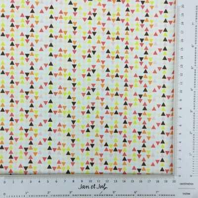 Tela con pequeños triángulos multicolor
