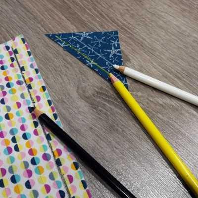 Pack de 3 lápices para tela en negro, amarillo y blanco. Desaparece al lavar.