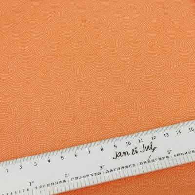 Tela básica de algodón americano en color naranja con dibujos estilo japonés
