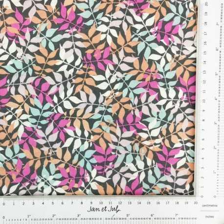 Tela de algodón con hojas en tonos pastel