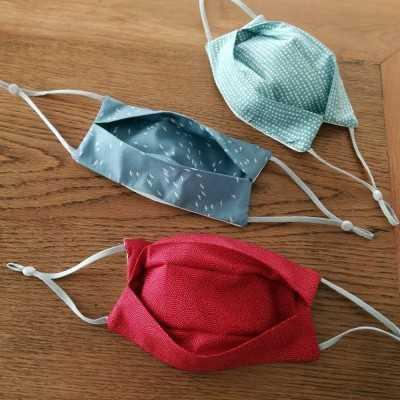 Tensor de silicona como complemento a las gomas para mascarillas