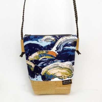 Bolso de corcho pequeño diseñado por Jan et Jul