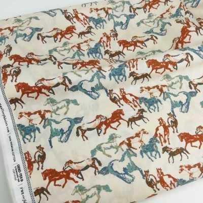 Tela de caballos en azul y granate