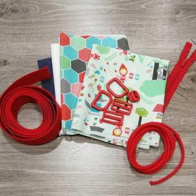 Materiales para realizar el pack ahorro con 3 proyectos infantiles con tela de caperucita