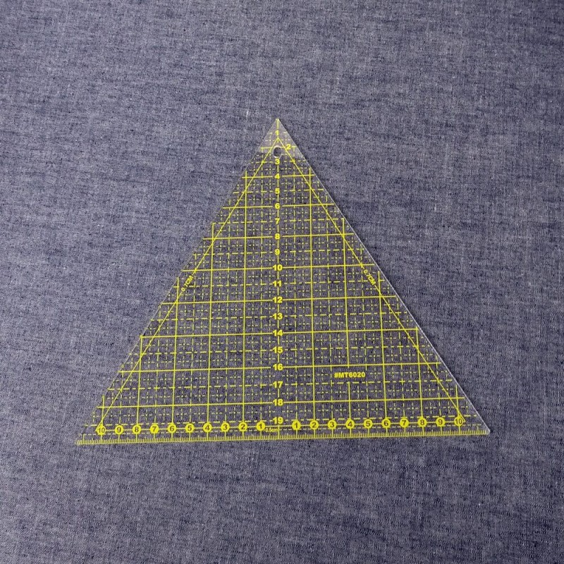 Regla triangular para patchwork